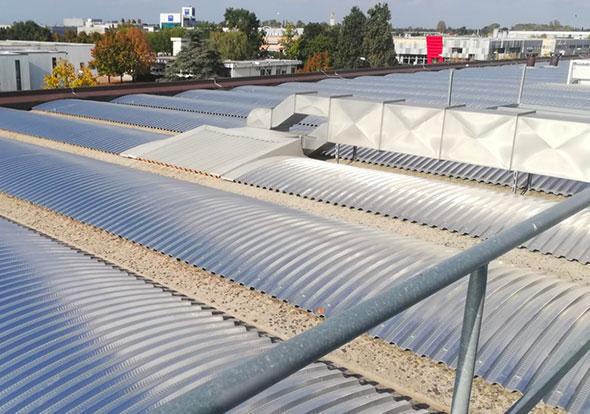 nuova-copertura-metallica-grecata-curva-su-capannone-industriale-mosolecorradosrl-01