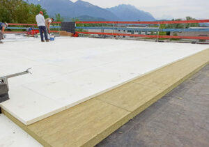 rifacimento-impermeabilizzazione-tetto-capannone-industriale-martignacco-udine-mosolecorradosrl-01